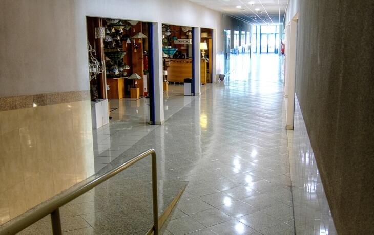Local comercial 28 m² en Puerto de la Morcuera 13, Leganés